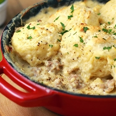 Sausage Gravy and Biscuit Skillet