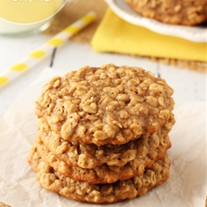 Moist and Chewy Banana Oatmeal Cookies