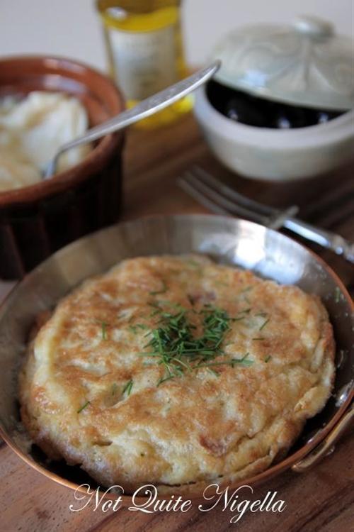 The 5 Minute Spanish Potato (Chip) Omelette