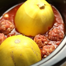 Easy Paleo Spaghetti Squash & Meatballs