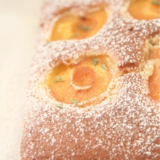 Apricot and thyme cake