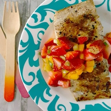 Grilled Fish Topped with Strawberry Salsa #SundaySupper #FLStrawberry
