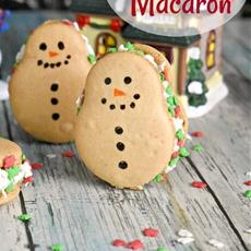 Snowmen Macaron #ChristmasSweetsWeek