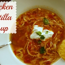 Easy Chicken Tortilla Slow Cooker Soup | Detroit Mommy Bloggers
