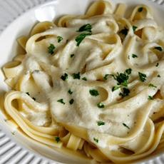 Creamy Fettuccini Alfredo