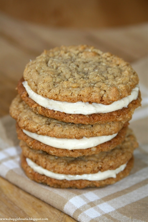 Oatmeal Cookie Sandwiches with Cinnamon Cream Cheese Filling