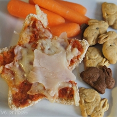 Healthy Kids Lunch Pizza featuring Hillshire Farm