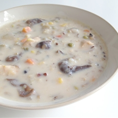Creamy Chicken, Mushrooms and Wild Rice Soup