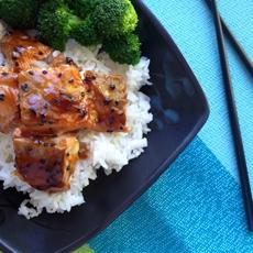 Salmon Bowl with Broccoli