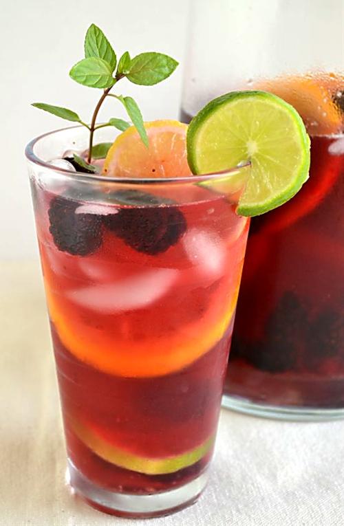Lipton Tea and Honey Sparkling Sangria Mocktail #FamilyTeaTime #Cbias