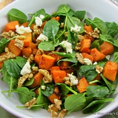 Roast pumpkin, baby spinach, walnut and fetta salad