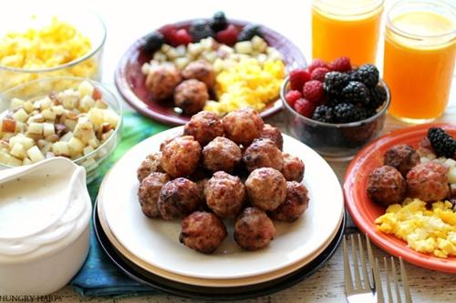 Breakfast Meatballs