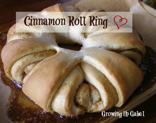 Cinnamon Roll Ring