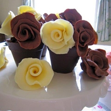 Chocolate Flower pots with Chocolate Soil & Chocolate Roses!