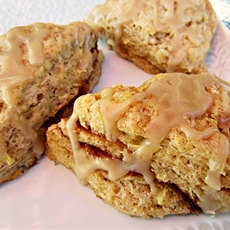 Mini Apple Cinnamon Scones with Caramel Drizzle