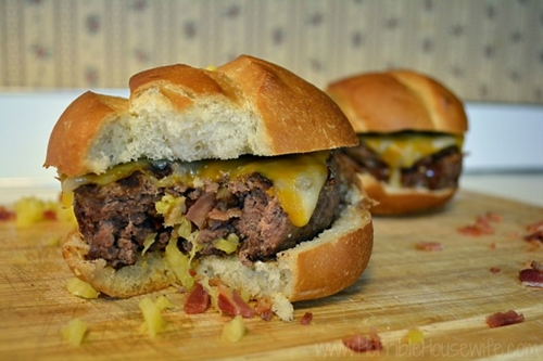 Pineapple and Bacon Stuffed Burger