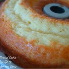 Perfect Pound Cake (7-Up Cake)