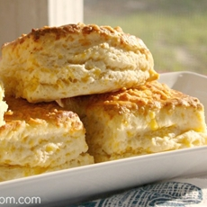 Best Buttermilk Cheddar Biscuits