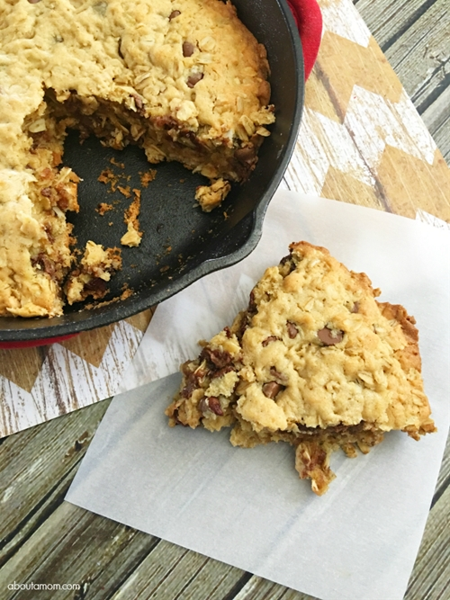 Oatmeal Chocolate Chip Cast Iron Skillet Cookie