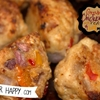Ground chicken balls with red onions and bell pepp