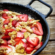 Strawberry Soufflé Omelet with Caramelized Almonds