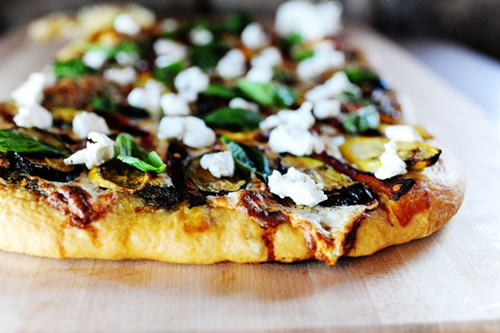 Grilled Veggie Pizza recipe | Chefthisup