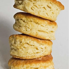 Simple and flaky biscuits