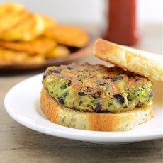 Zucchini and Black Bean Veggie Burgers (vegan)