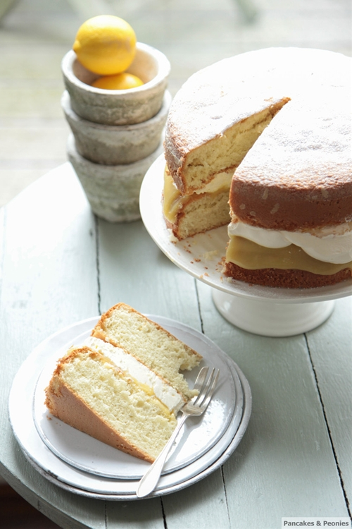 Light Lemon Curd Cake