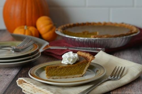 Pumpkin pie with coconut milk