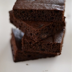 Dark Chocolate Cake Brownies