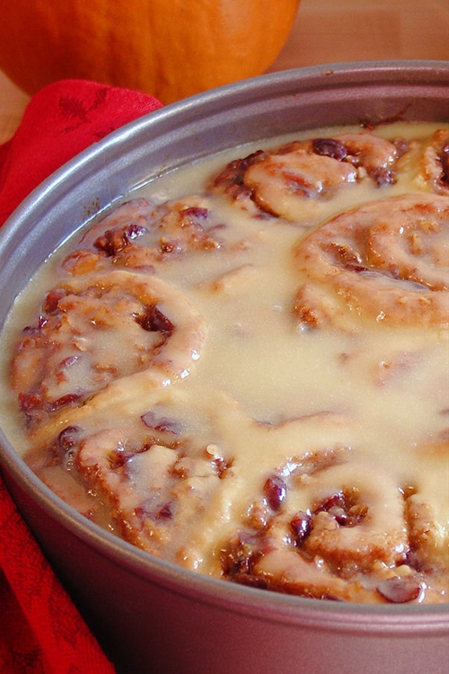 Best Ever No-Yeast Cinnamon Rolls {gluten free option}