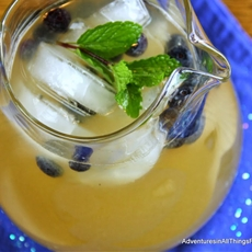 Mint Blueberry Lemonade with Honey