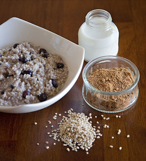 Quick, healthy breakfast – blueberry oatmeal