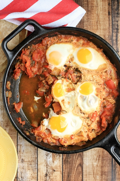 Shakshouka (Spiced North African Eggs)
