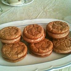 Vivacious Oopsie Sandwich Cookies