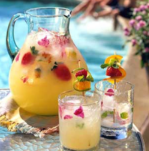 Summer Pineapple Strawberry Cooler
