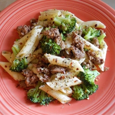 Pasta with ground turkey and broccoli
