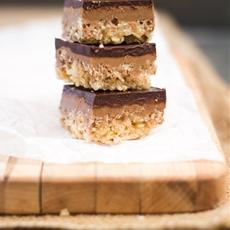 Peanut Butter Chocolate Crispy Bars