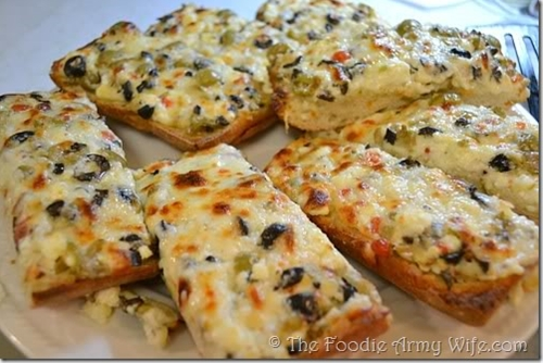 Cheesy Feta Olive Bread