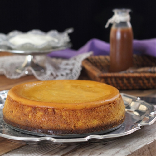 Baked Pumpkin Cheesecake with Caramel Sauce