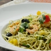 Spaghetti with shrimps & vegetables (Spaghetti mit Garnelen)