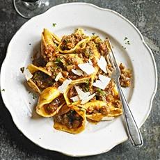 Italian sausage & chestnut pasta