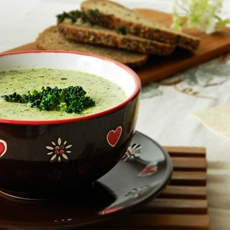 Broccoli cream Soup. Brokkoli creme suppe