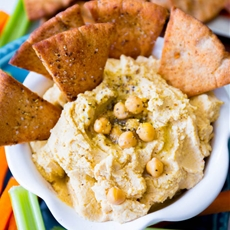 Homemade Hummus with Spiced Pita Chips