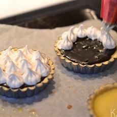 Lemon & Licorice meringue pie - Kaloria