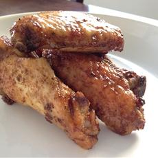 Grilled Spicy Garlic Honey Glazed Chicken Wings
