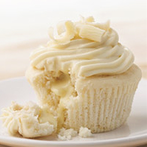 White Chocolate Cupcakes with Truffle Filling recipe | Chefthisup