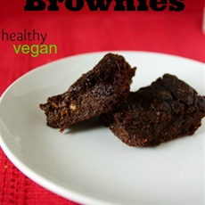 Zucchini Brownies (healthy, sugar free, and vegan!)
