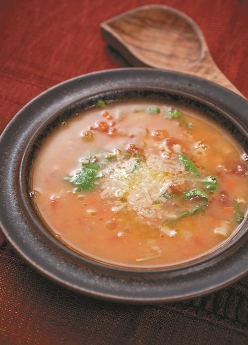 Pasta e Fagioli (Italian Bean Soup)